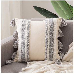 Throw Pillow Cover Boho Woven Pillowcase/Tassels